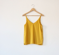 2 Yellow top