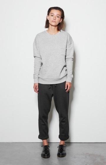 Yunit sweater