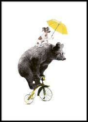 https://desenio.nl/nl/artiklar/bear-on-yellow-bike-30x40cm.html