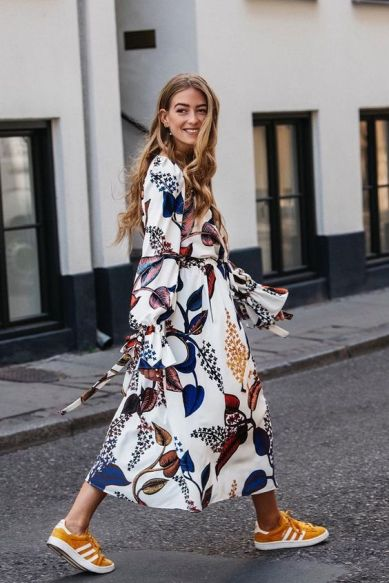 Maxi flower dresses